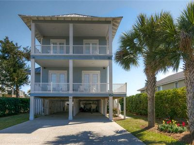 Photo for Dash Away: 5 BR / 4 BA house in Pawleys Island, Sleeps 10