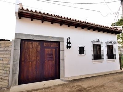 Amazing two Bedroom Home in Antigua Guatemala AN012