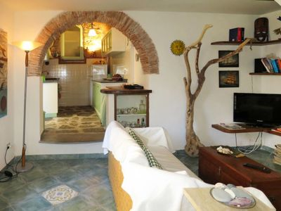 Photo for One bedroom Apartment, sleeps 5 in Riomaggiore with Air Con