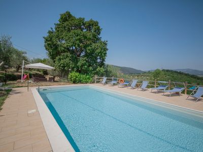 Photo for Ground floor of a villa with panoramic swimming pool in the Tuscan hills