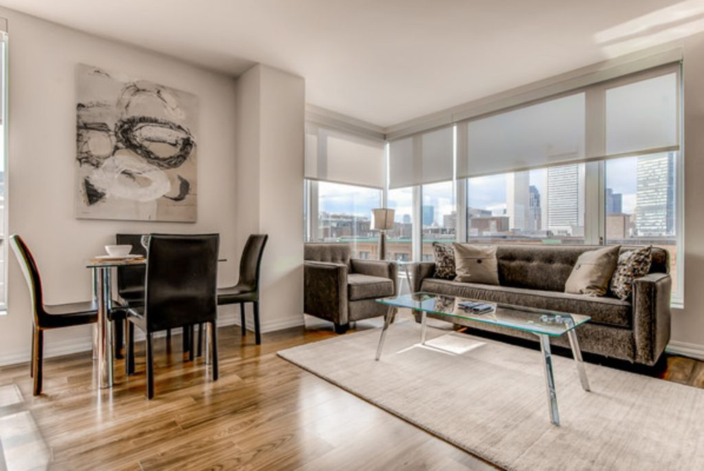 LUX 2 BR HIgh Rise Apt.-Seaport Sq. +Gym