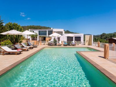 Photo for Stunning Holiday Home Cana Marina with Mountain View, Wi-Fi, Garden, Balcony, Terrace & Pool; Parking Available