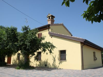 Photo for Bagnacavallo: Villa with large garden in the heart of the Golden Triangle of the Cities of Art