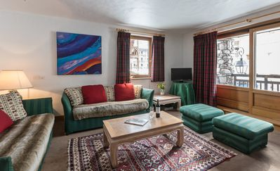 Photo for Squaw Valley, luxury 4-bedroom apartment in centre of Val d'Isere old town
