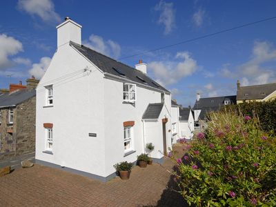 Photo for Cartrefle - Four Bedroom Cottage, Sleeps 7