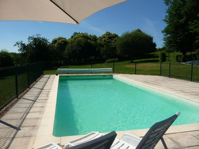 Photo for For couples, peaceful, pool, near lake beach, chateaux, caves, gardens, markets.
