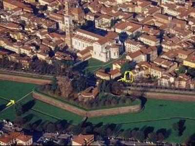 Photo for LUCCA CENTER APARTMENT WITH ITS OWN GARDEN