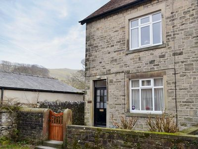 Photo for 3 bedroom property in Settle. Pet friendly.