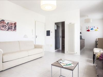 Photo for Spacious Marcello apartment in Ravenna with WiFi & integrated air conditioning.