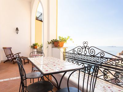 Photo for Casa Li Galli, in Positano, near the center, with sea view, it can host 6 guests.
