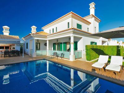 Photo for This 4-bedroom villa for up to 8 guests is located in Albufeira Centre and has a private swimming po