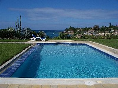 Photo for Gated oceanfront condo, 1BD 1BTH, pool/AC/Cable TV/internet near everything!