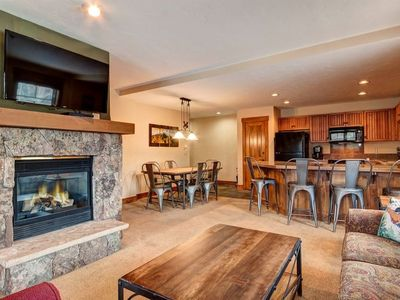 Photo for Mountain Thunder 2 Bedroom Ski-In Condo, Discounted Lift Tickets Included.
