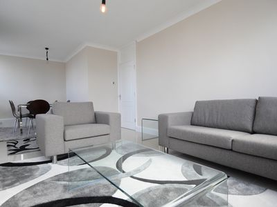 Photo for Luxury 3 beds Flat in a building with concierge - Marble Arch Area