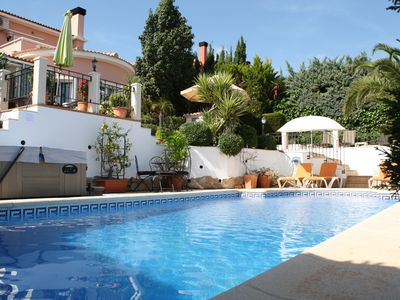 Photo for Luxury Villa, Gata de Gorgos,sleeps 6, Pool, Jacuzzi, air con, wifi, view, clean