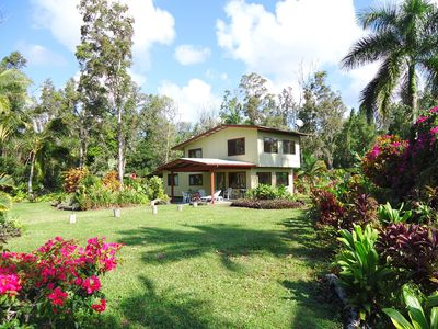 Aloha Lani 1400 ft home on a 3 acre tropical garden  by the ocean.