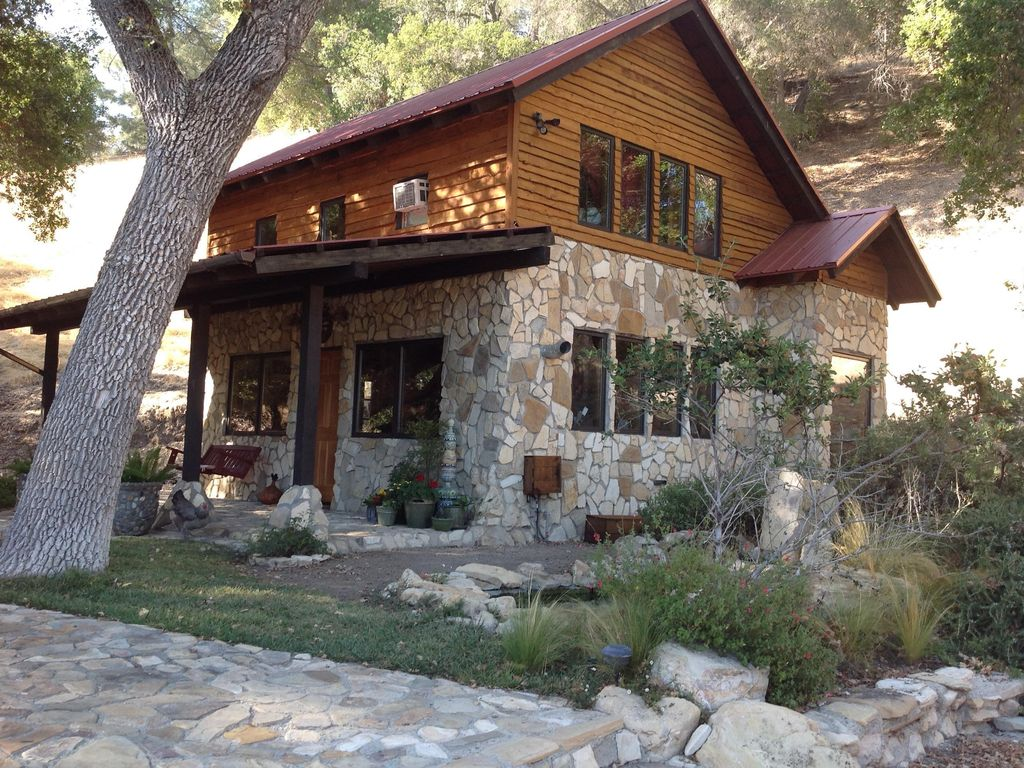 Rustic Tranquil Stone Cabin Under The Oak Trees Paso Robles
