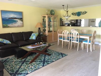 Photo for Lovely Jupiter Bay East 1st fl 2BR Easy Pool/Beach access!
