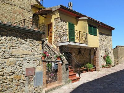 Photo for Apartment Guardiola (MSC117) in Montescudaio - 4 persons, 2 bedrooms