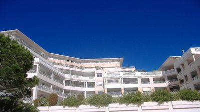 Photo for Golfe Juan, apartment 3 Bedrooms, pool, 500 meters, sea, ports