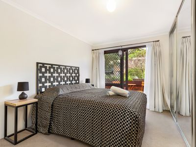 Photo for 2BR Apartment Vacation Rental in Glebe, New South Wales