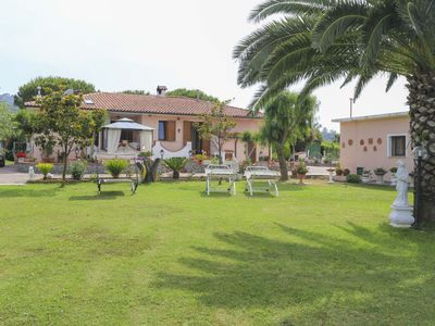 Photo for Three room apartment with garden near the centre and the beach of Marina di Campo
