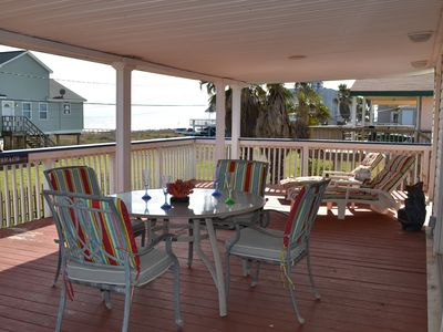 Adorable Bungalow @ Bermuda Beach steps from Beach, family friendly, large porch
