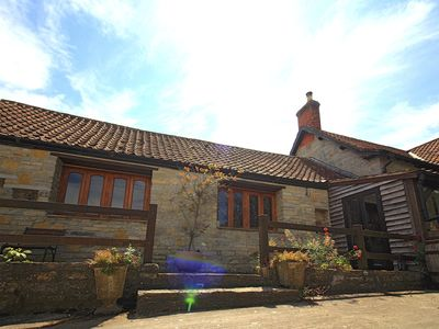 Photo for 1 bedroom accommodation in Butleigh, Glastonbury
