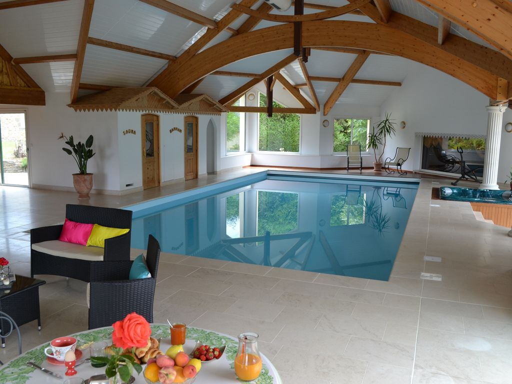 Private Villa With Large Indoor Pool, Spa, ...