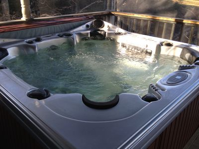 8 person dynasty super jet Hot tub with optional multi color lighting