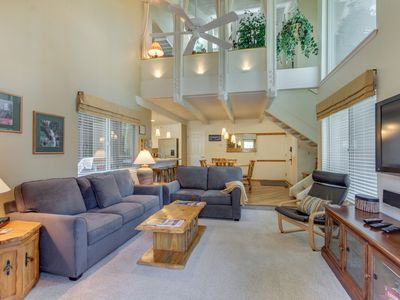 Photo for Comfortable condo w/ shared pool, SHARC passes, trails, and more!