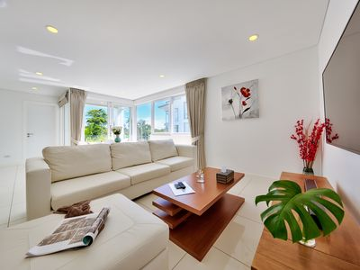 Photo for 1-bedroom deluxe apartment with pool view