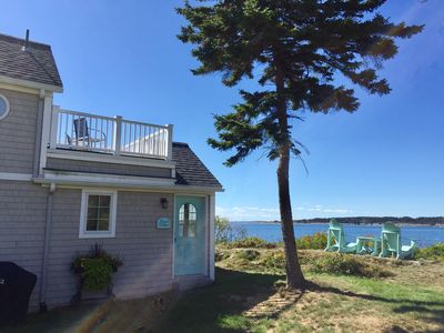 Couples cottage at the head of Mackerel Cove with views of Mt. Washington and a roof top deck