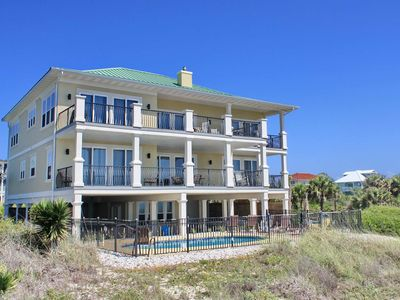 "Photo for Ready To Rent Now! FREE BEACH GEAR! Beachfront, Plantation, Pool, Elevator, Wi-Fi, 6BR/5.5BA ""Diamond Seas"""