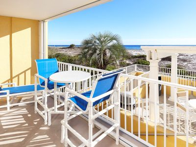 Photo for Direct Beach View, Easy access to Pool & Beach, Newly Remodeled, Bch Svc - gd114