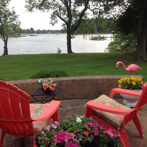 Photo for Peachyriver's Waterfront Haven! Romantic, Private, quiet w/ Pool, kayaks, dock.