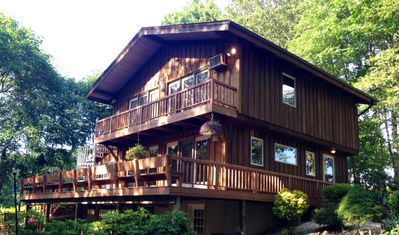 Fabulous scenery and gorgeous home make for the ideal vacation hideaway.
