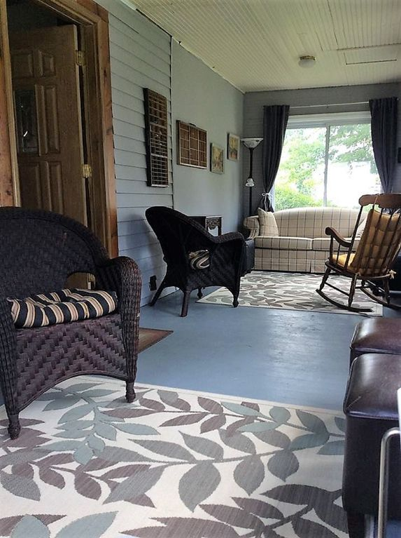 The Lincoln House, Be Comfortable at Home in Ortonville - Ortonville