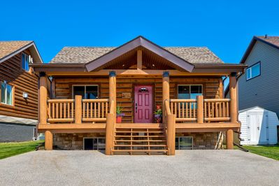 Pine Lake Vacation Rental Cabin | 3BR | 2.5BA | 1,650 Sq Ft | Steps to Access