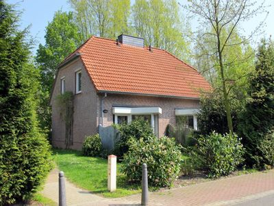 Photo for Vacation home TOSSENS (TOS132) in Tossens - 4 persons, 2 bedrooms
