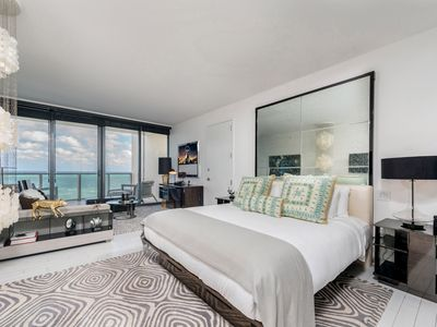 Photo for Panoramic Oceanfront View 3/3 at W South Beach