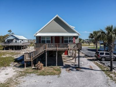 Photo for Affordable, Prime Beach/Lagoon Location!  Walk to beach and restaurants!