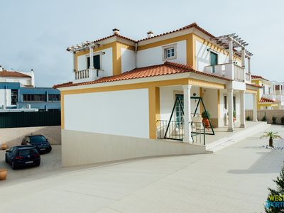 Photo for Casa da Vila - Quality and refinement holidays 5 minutes walk from the beach