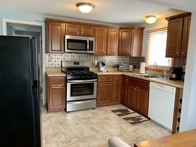 Photo for Cozy 2 Bedroom, 1 Bath 70inch TV Upstairs Apartment in North Buffalo