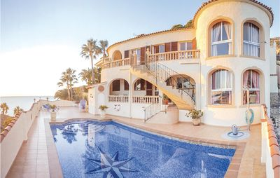 Photo for 6 bedroom accommodation in Calpe