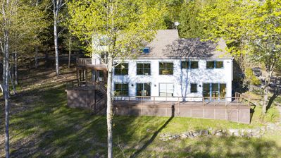 Photo for Captivating home! Private and only minutes from the coolest town in the world!