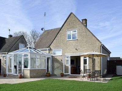 Photo for 2 bedroom property in Stow-on-the-Wold.