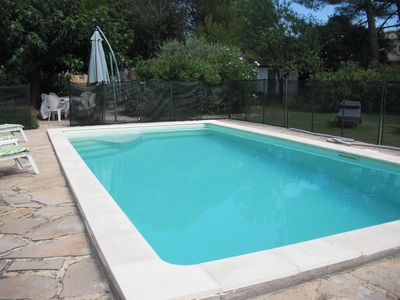 Photo for NIMES at 12 km, SPACIOUS VILLA SWIMMING POOL 2 to 6 P.