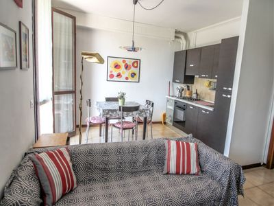Photo for Apartment Red Sunset in Monvalle - 4 persons, 2 bedrooms