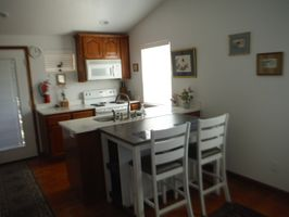 Photo for 1BR Guest House Vacation Rental in Jacksonville, Oregon